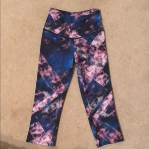 Onzie Galaxy Print Cropped Leggings